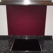 Kuchenruckwand aus Glas l 6mm ESG l emailliert mit RAL 3005