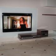 TV Mobel mit Glasruckwand